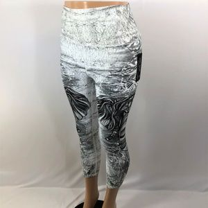 Evolution & Creation Blk & White Leggings Elephant